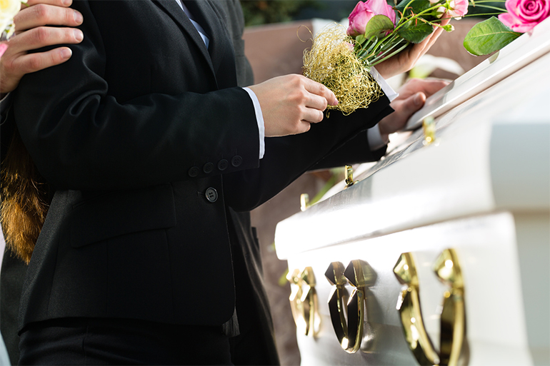 inmormantarea-traditii-superstitii-si-obiceiuri