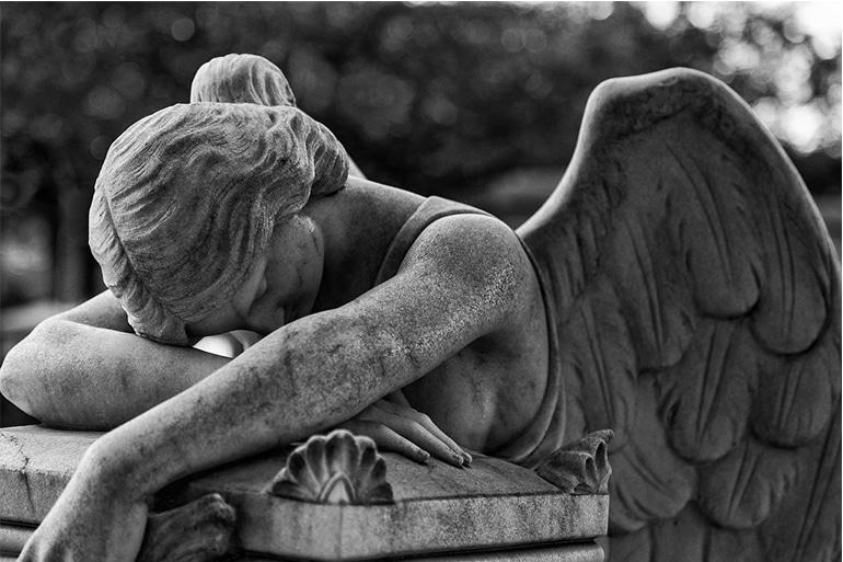 intelegerea-sentimentului-de-mahnire-a-pierderii-unei-persoane-dragi
