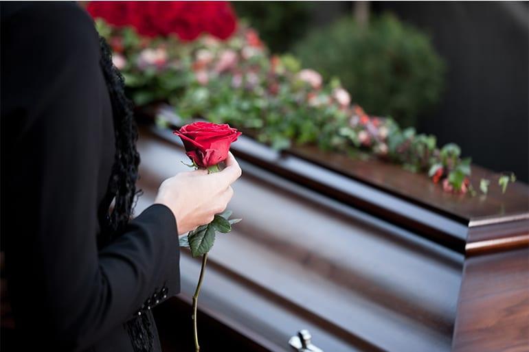 solutii-funerare-pentru-a-face-fata-durerii